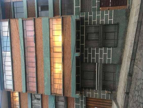 Edificio en venta con cuatro departamentos en san pedro