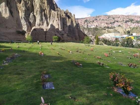 Lote cementerio jardín
